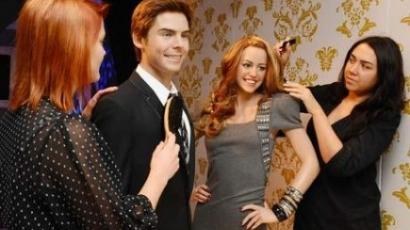 Miley Cyrus és Zac Efron viaszbábut kaptak