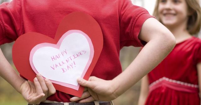 a házasság nem randi 14 nyers fiatal nő randevú