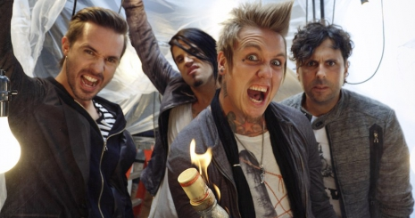 Dalpremier: Papa Roach - Warriors