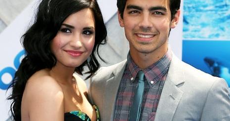 Demi Lovato kemény kokainfüggővé vált