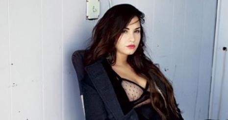 Demi Lovato manipulálta az embereket