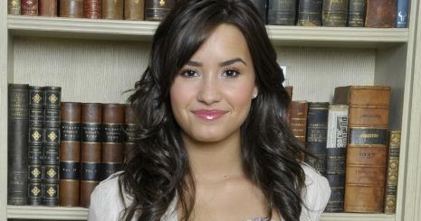 Demi Lovato új klipjén dolgozik