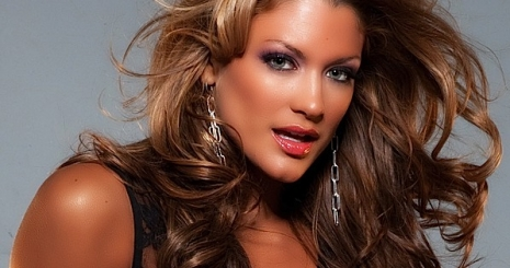 http://starity.hu/images/articles/465x245/eve-torres-nem-csak-szep-de-okos-is-06290750.jpg