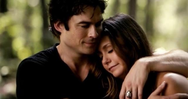 Damon és elena vámpír naplókból
