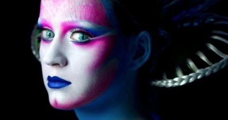 Katy Perry földönkívülivé változott
