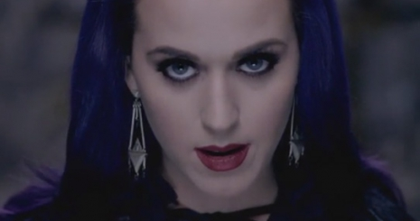 Klippremier: Katy Perry — Wide Awake