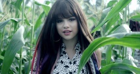 Megérkezett Selena Gomez új videója