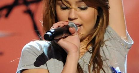 Miley Cyrus meg szeretne változni