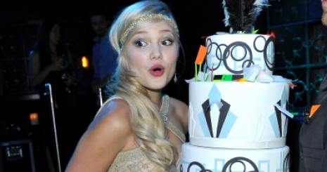 Így ünnepelte születésnapját Olivia Holt - Starity.hu