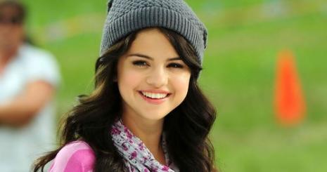 Rákkal küzdő rajongót látogatott Selena Gomez