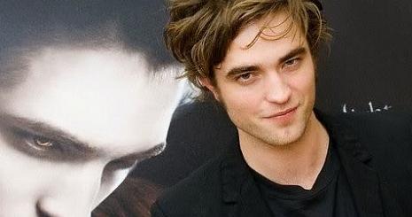 Robert Pattinson meghalna a szerelméért