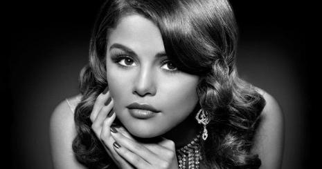 """Selena Gomez: """"Ha Texasban maradok, már biztos anya lennék"""""""