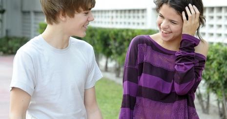 Selena Gomez alig nyilatkozik Bieberről