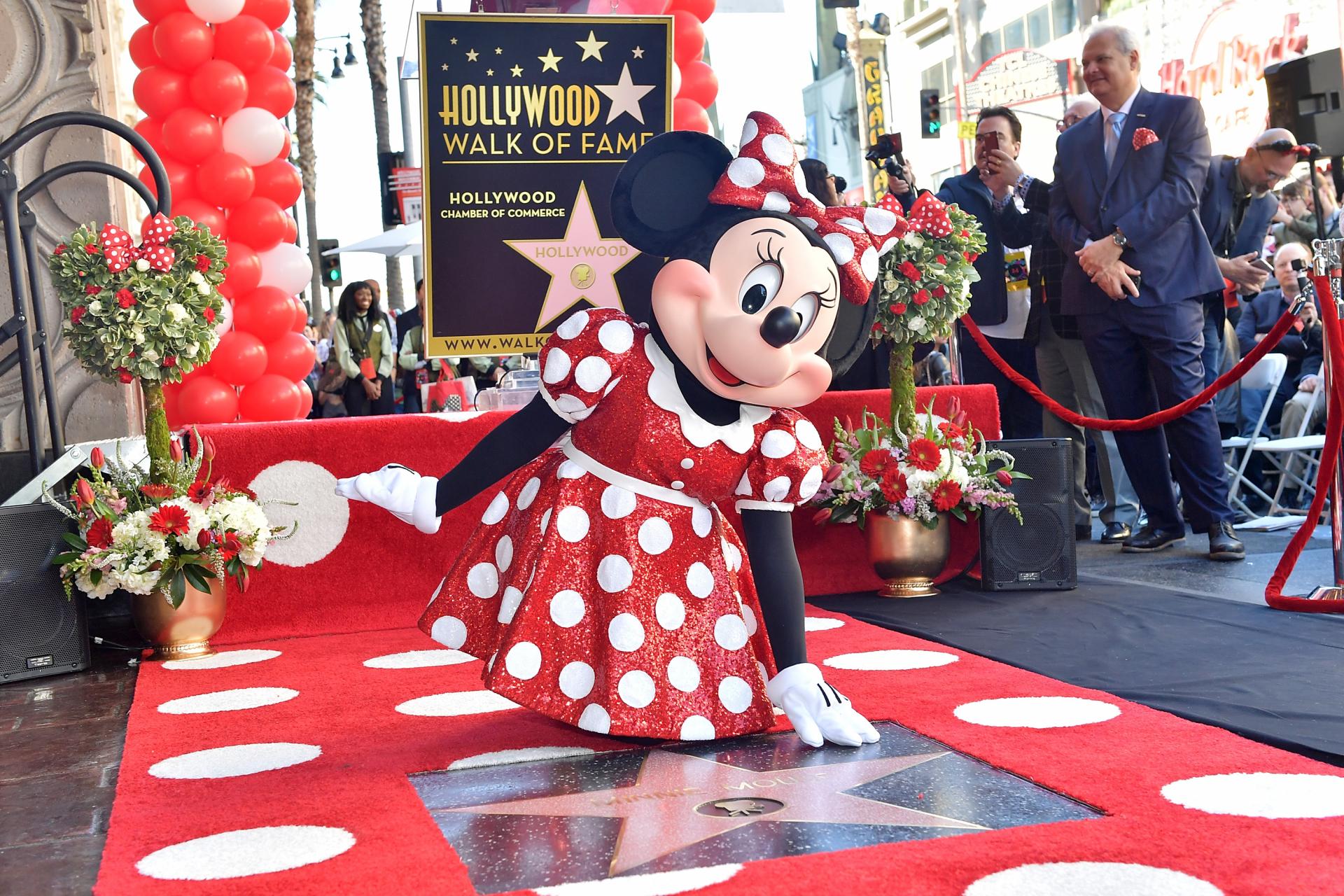 c5f1f060c7 Minnie Egér csillagot kapott a hollywoodi Hírességek sétányán - Starity.hu