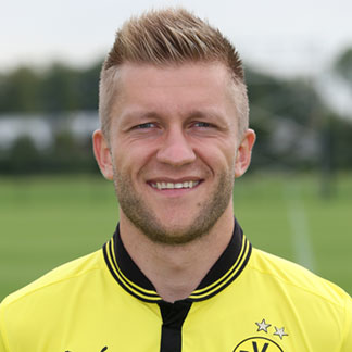 Tips: Jakub Blaszczykowski, 2017s simple, slick,  hair style of the cool enigmatic  football player