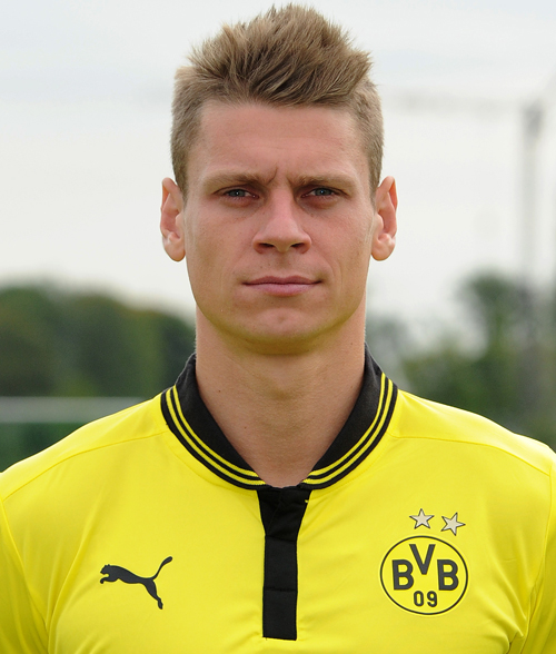 Łukasz Piszczek earned a  million dollar salary - leaving the net worth at 11 million in 2018