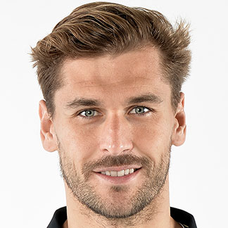 Fernando Llorente, 2017 clothing style & tips of the attractive passionate  football player & Pisces